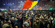 Romanian lawmakers move against prime minister